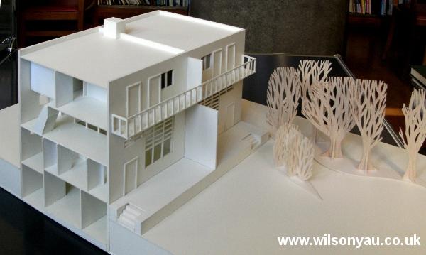 Front façade: 13-19 Woinovichgasse, Werkbund housing estate, Vienna. Model by Wilson Yau, 2011