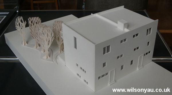 Back façade: 13-19 Woinovichgasse, Werkbund housing estate, Vienna. Model by Wilson Yau, 2011